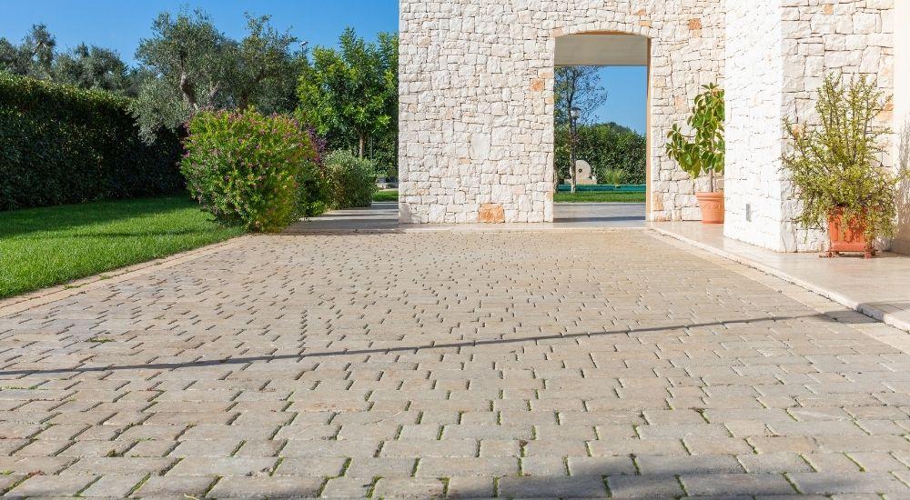 pavimenti più resistenti per esterno