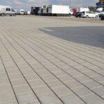 Pavimenti drenanti per piazzali industriali: quali sono i più resistenti?