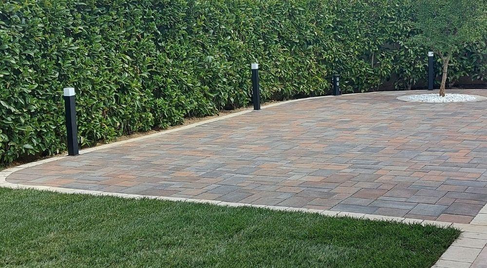 pavimentare il giardino senza cemento
